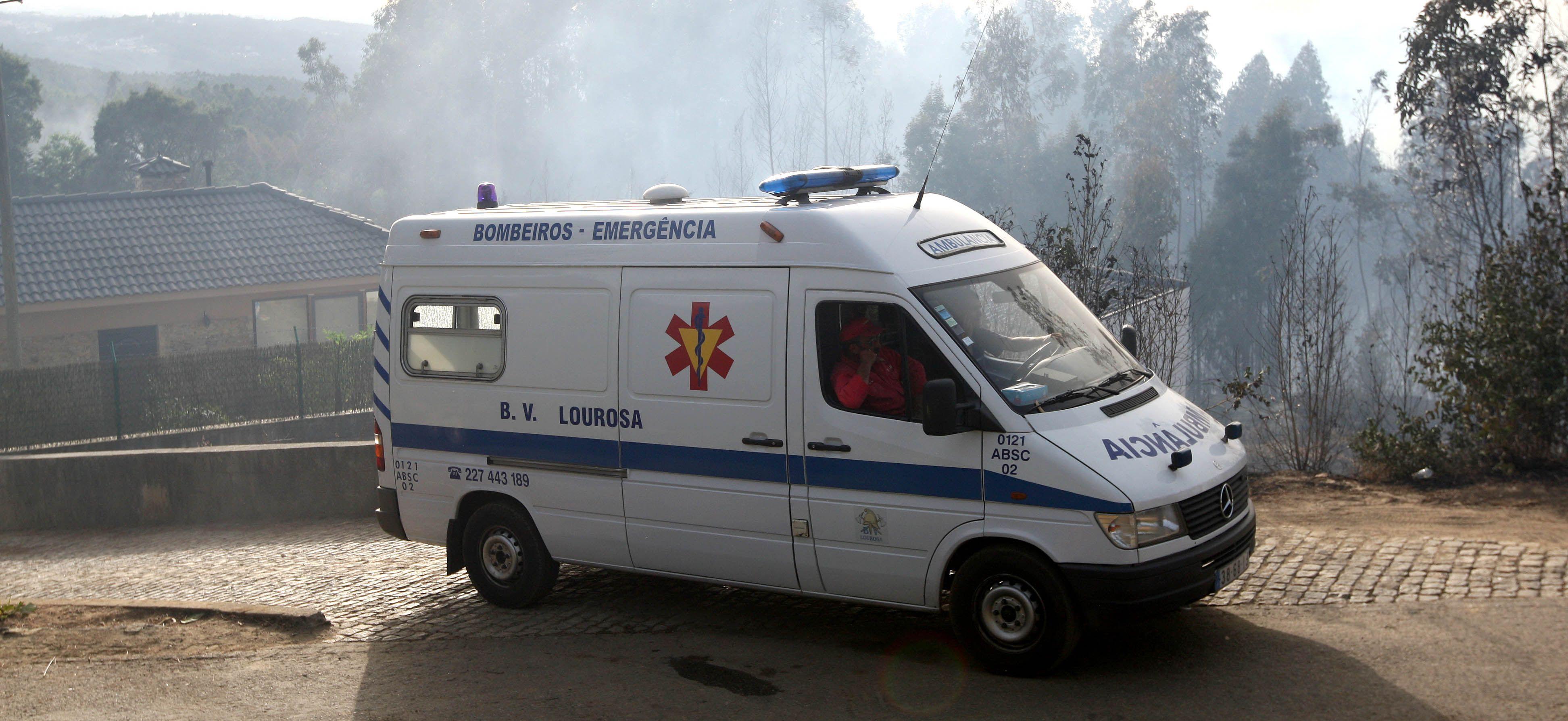 Mais de 50 bombeiros de Lourosa parados em protesto contra direção