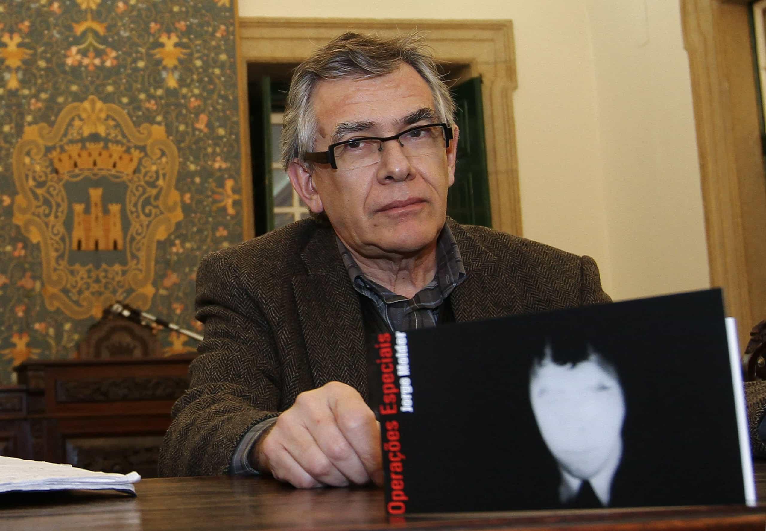 Jorge Molder apresenta novas obras na exposição 'Jeu de 54 Cartes'