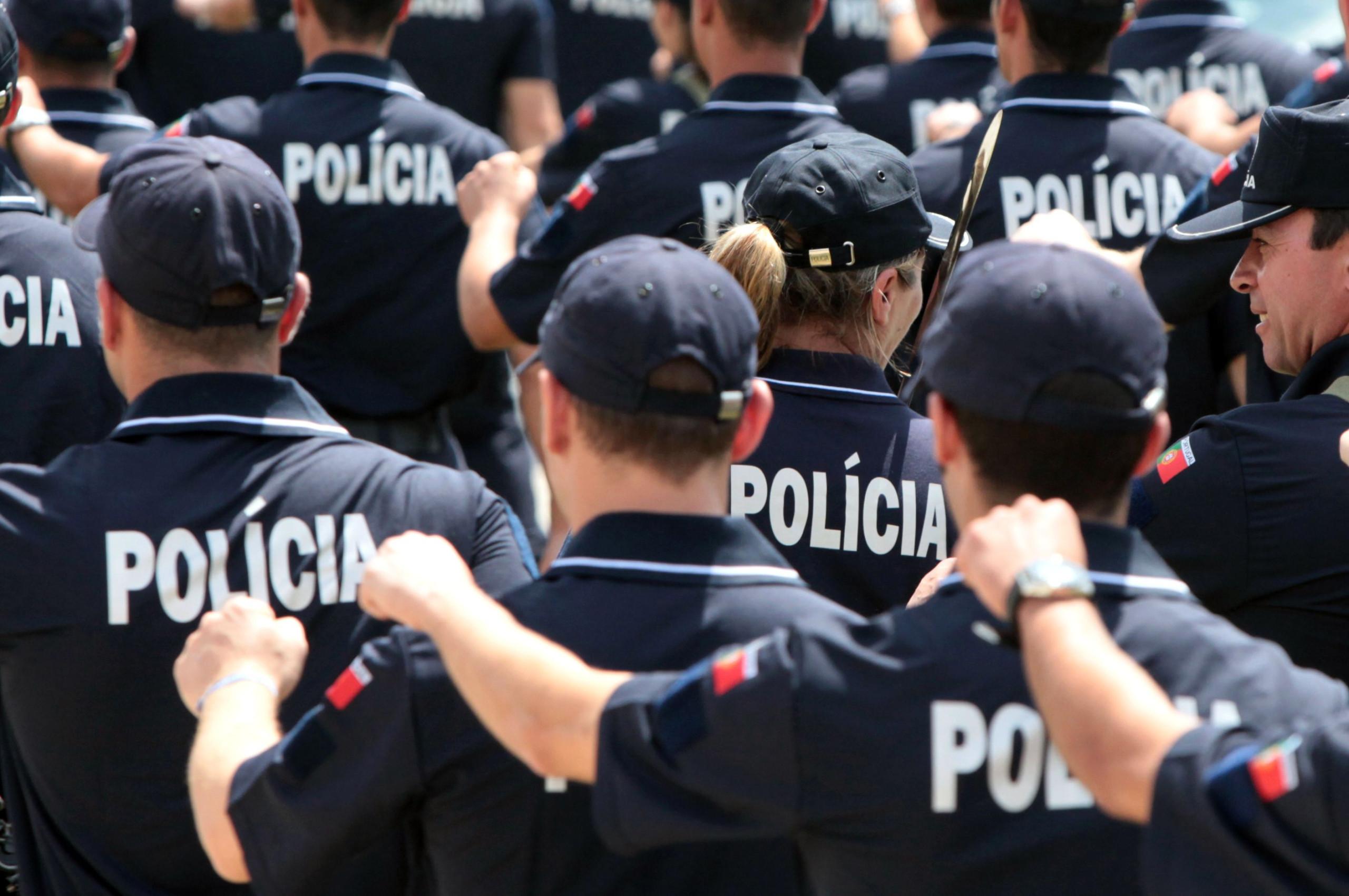 """Polícias antecipam manif para evitar """"tentativas de condicionamento"""""""
