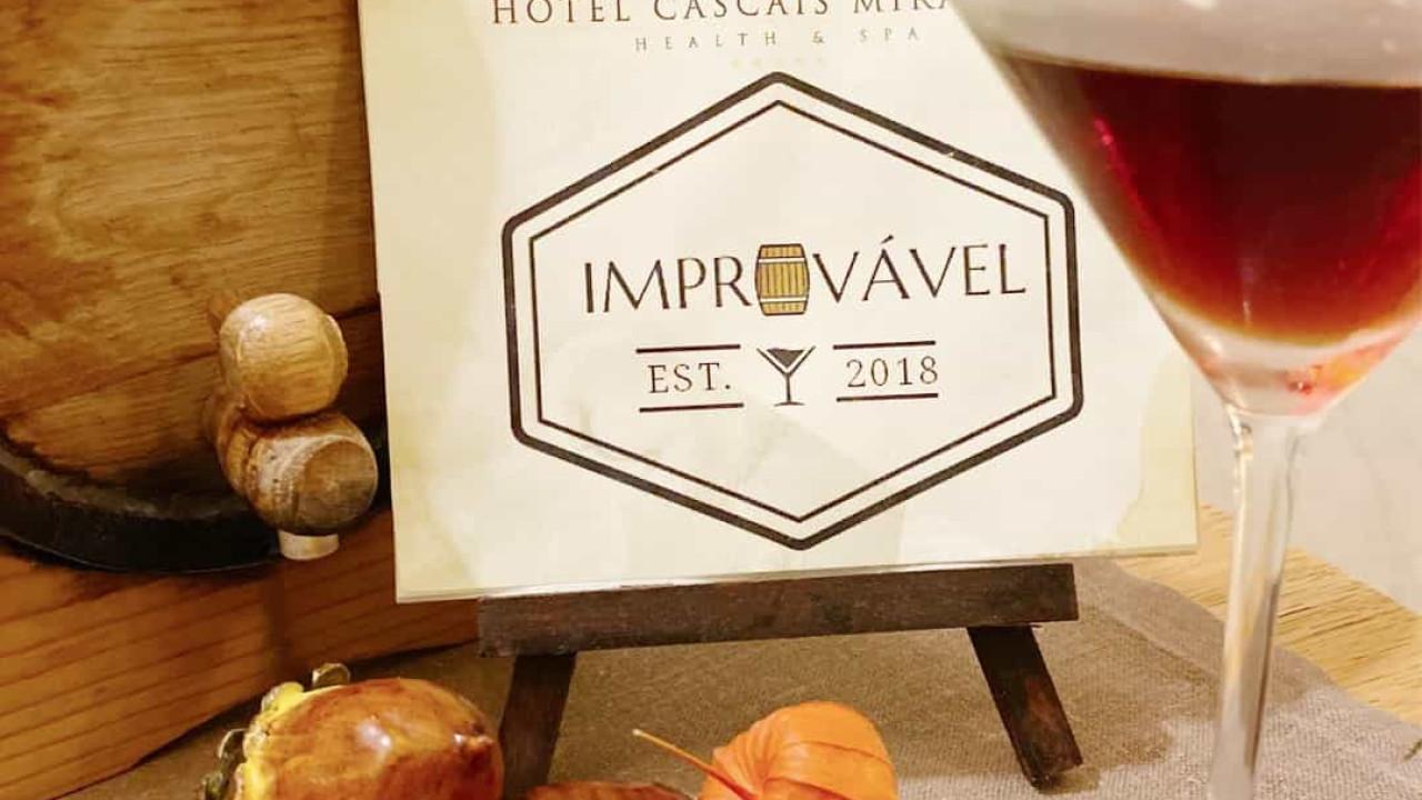 Hotel Cascais Miragem lança cocktail 'Improvável' inspirado no Manhattan - Notícias ao Minuto