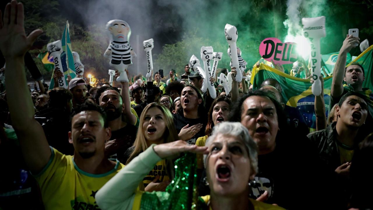 Frases De VitÓria: Frases Da Campanha De Bolsonaro Entoadas Nos Festejos Da