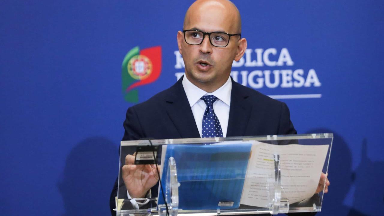 Dívida. Portugal paga menos 3 mil milhões de juros do que em 2015