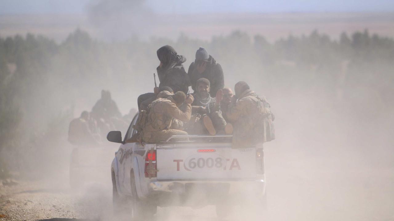 Síria: Tropas sírias e russas entraram na cidade estratégica de Kobane - Notícias ao Minuto