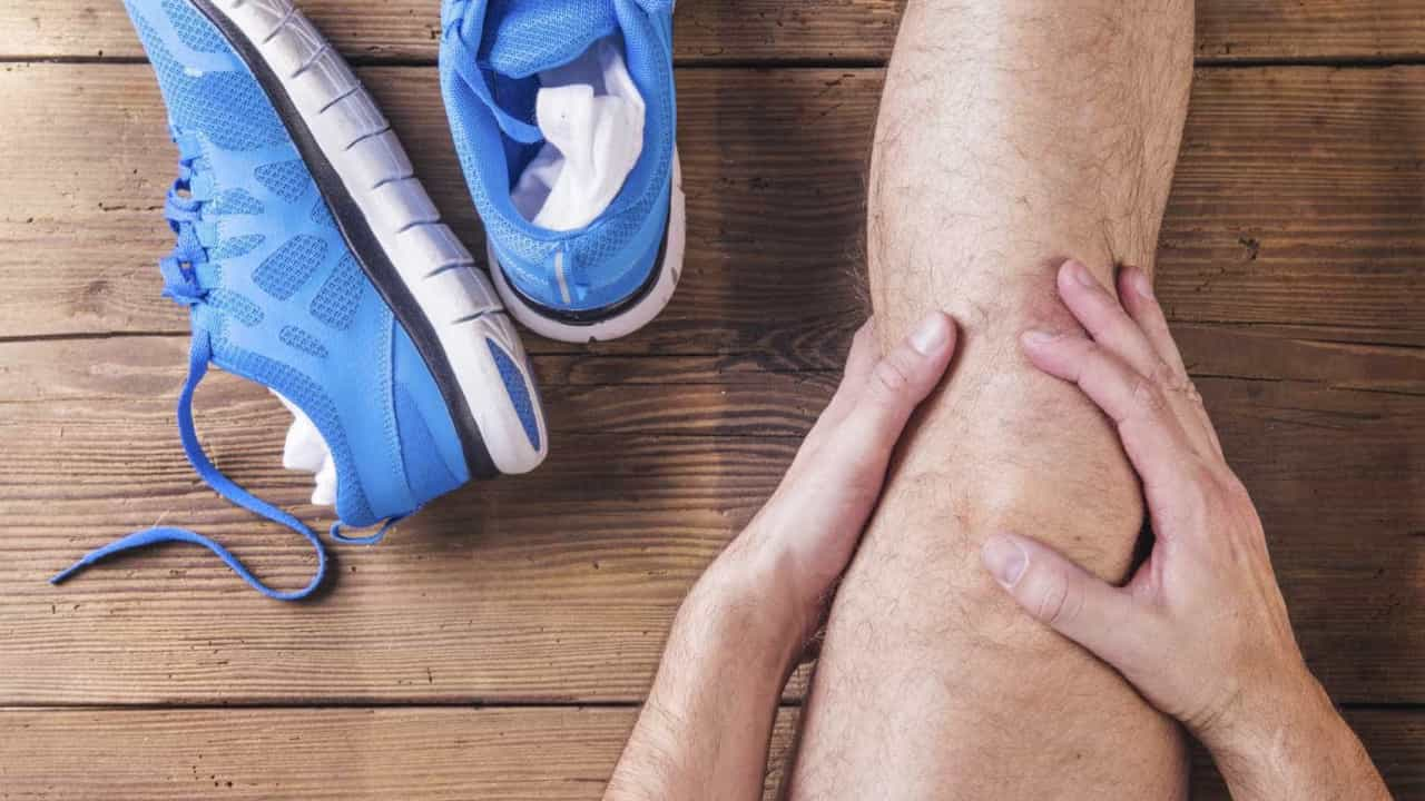 Dor no nervo do joelho direito
