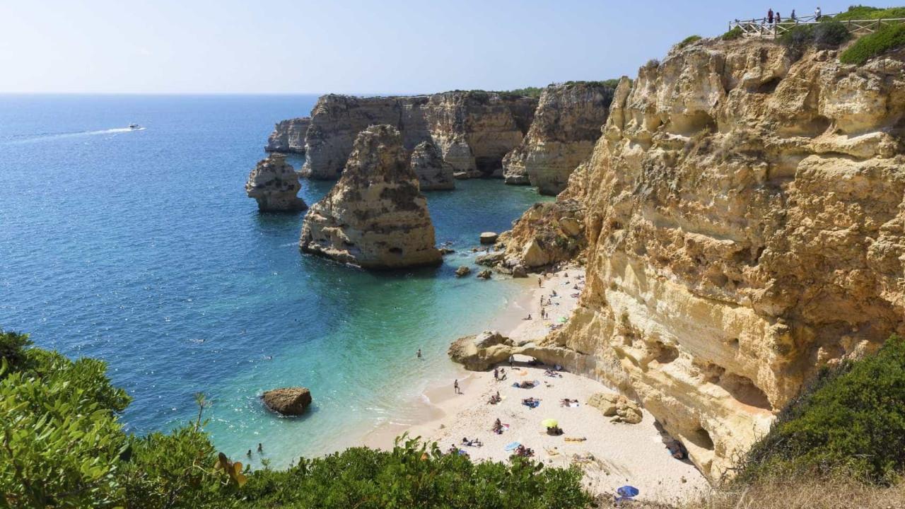 Algarve. Restrições desmotivam e têm efeito depressivo no turismo