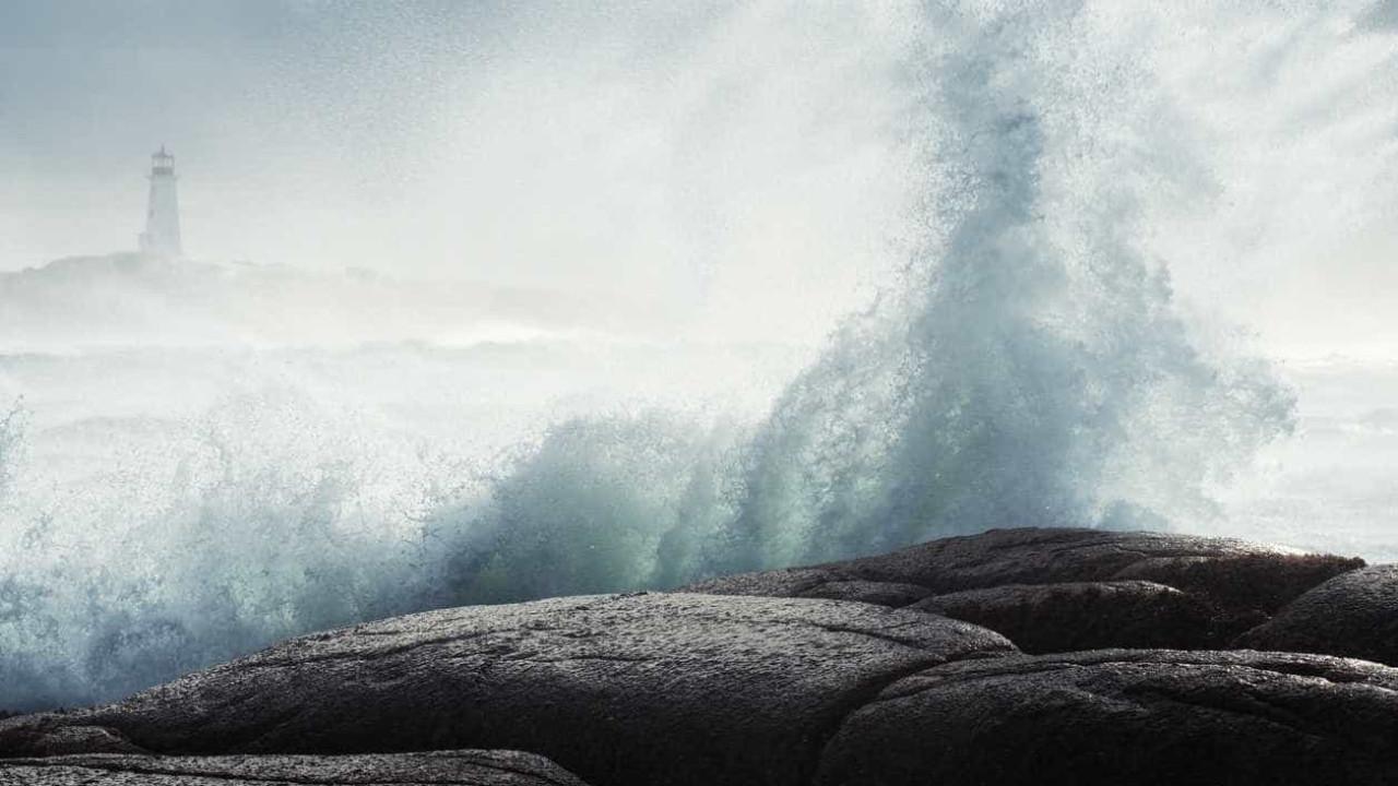 Capitania do Funchal emite aviso devido a ondas de seis metros - Notícias ao Minuto