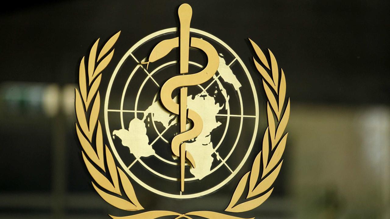 """OMS investiga novas estirpes. É """"prematuro falar sobre fim da pandemia"""""""