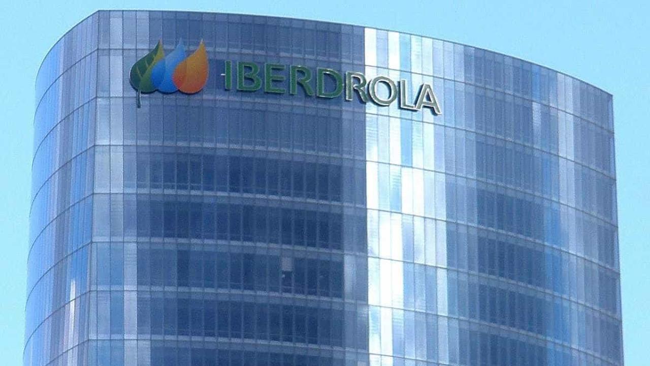 Iberdrola oferece lâmpadas económicas no Dia Mundial da Poupança