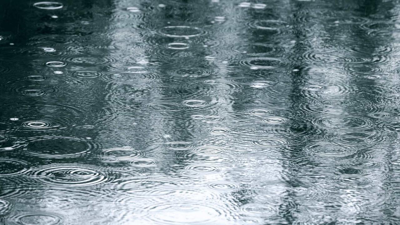 Dez distritos sob aviso amarelo devido à chuva, granizo e trovoada