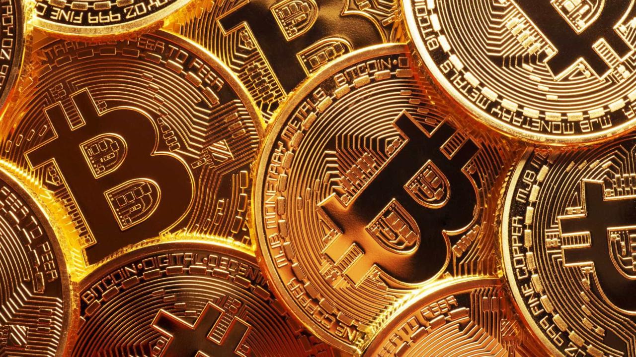 Amazon pode 'entrar' nas criptomoedas. Bitcoin dispara mais de 10%