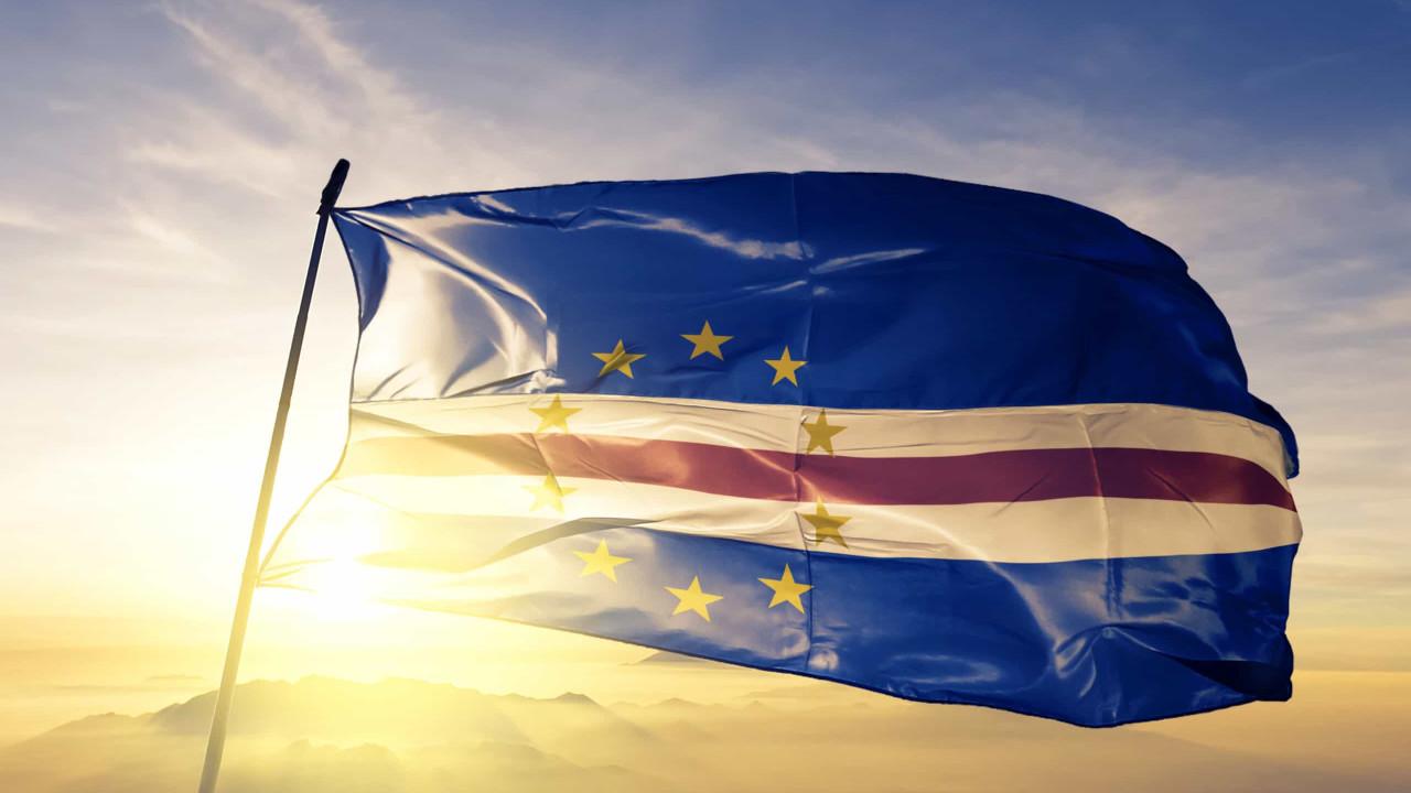 Pedir fatura em Cabo Verde dá direito a sorteio de carros e apartamentos