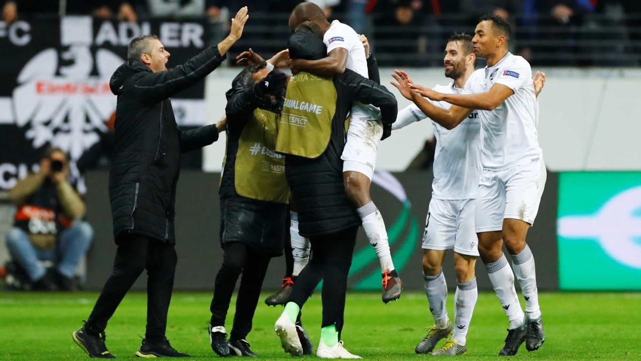 Vitória SC despede-se da Liga Europa com triunfo arrancado em Frankfurt
