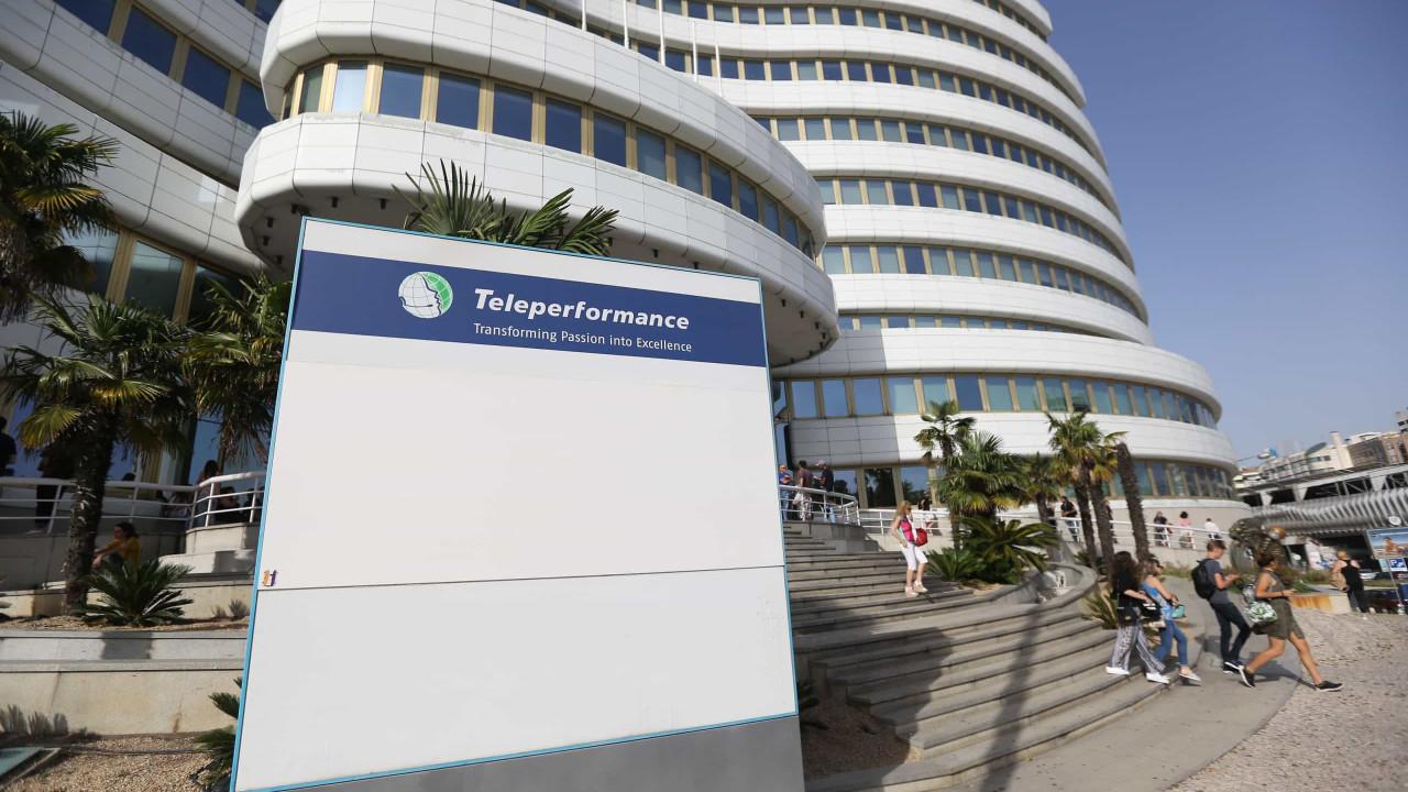 Sindicato acusa Teleperformance de recusar encerrar 'call-center'