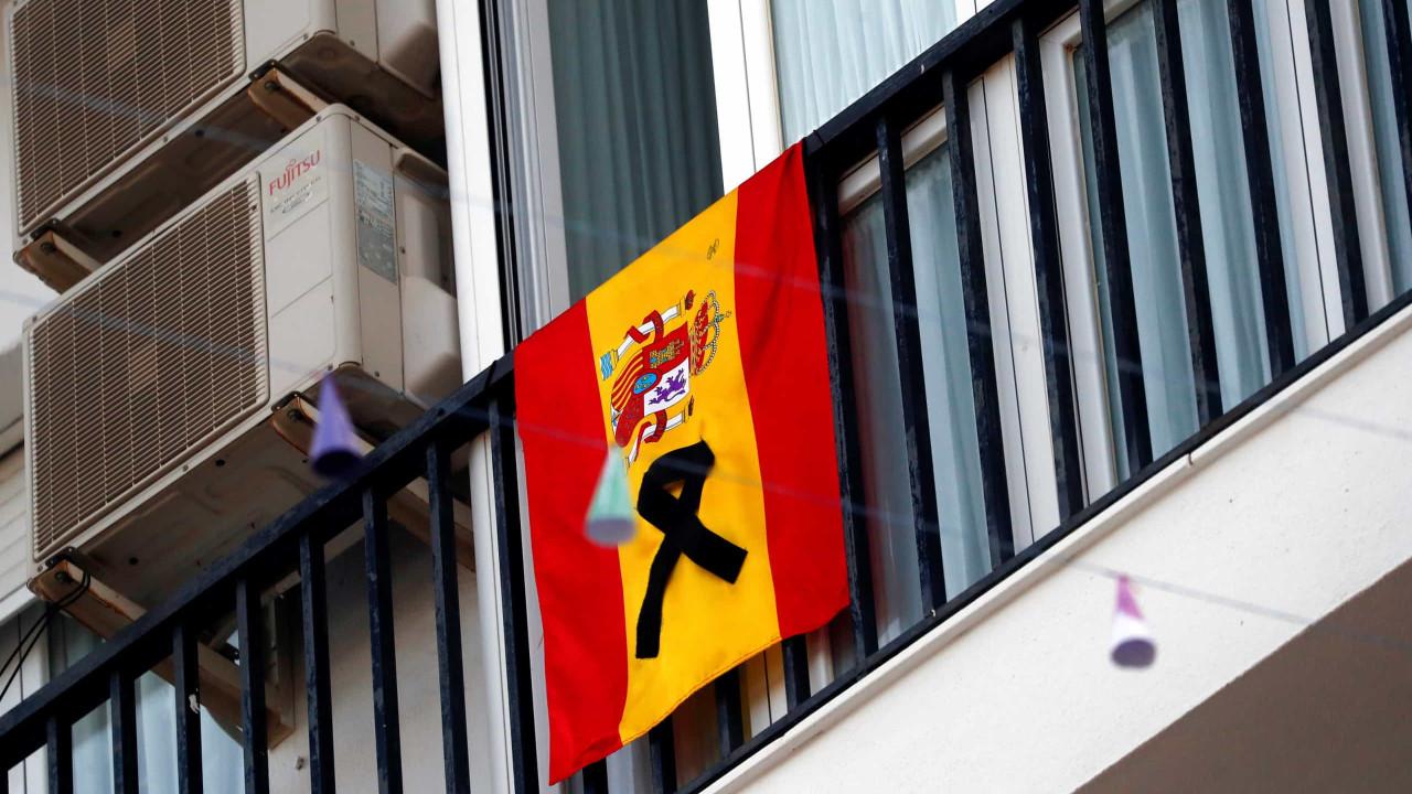 Espanha soma mais 605 mortes por Covid-19 nas últimas 24 horas