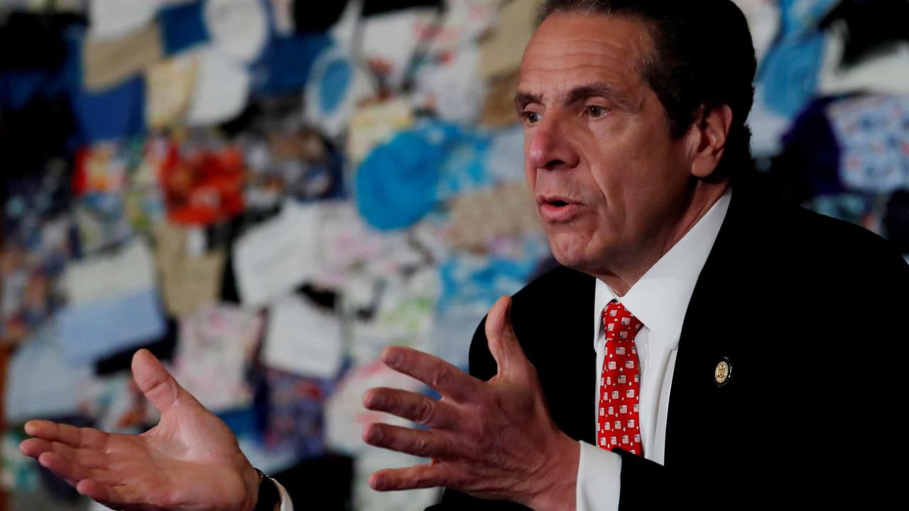 """Governador de Nova Iorque """"assediou sexualmente várias mulheres"""""""