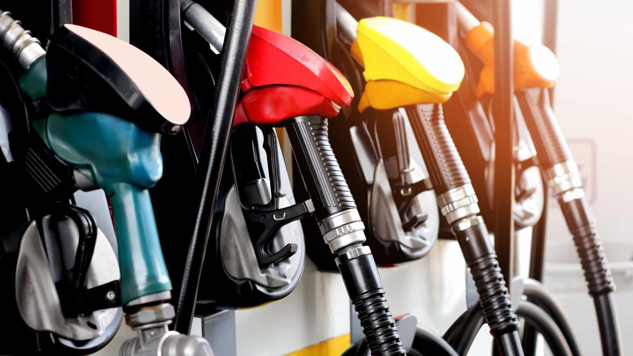 Combustíveis estão mais caros, mas como se calculam os preços?