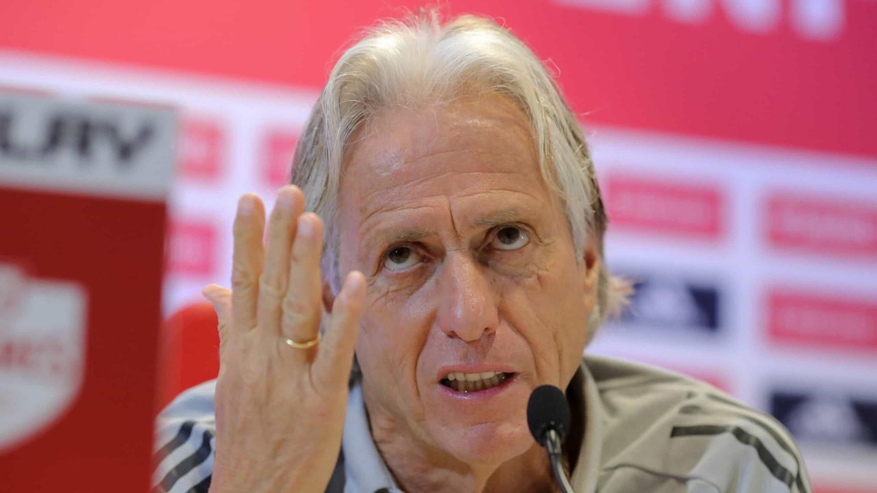 """""""Barcelona? O grande objetivo do Benfica é voltar a ser campeão nacional"""""""