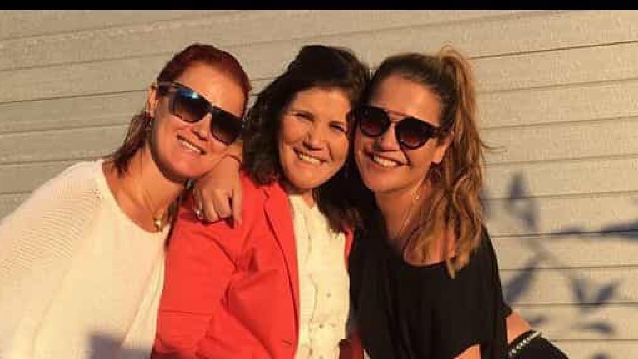 Katia Aveiro: Saudades da mãe e da irmã apertam