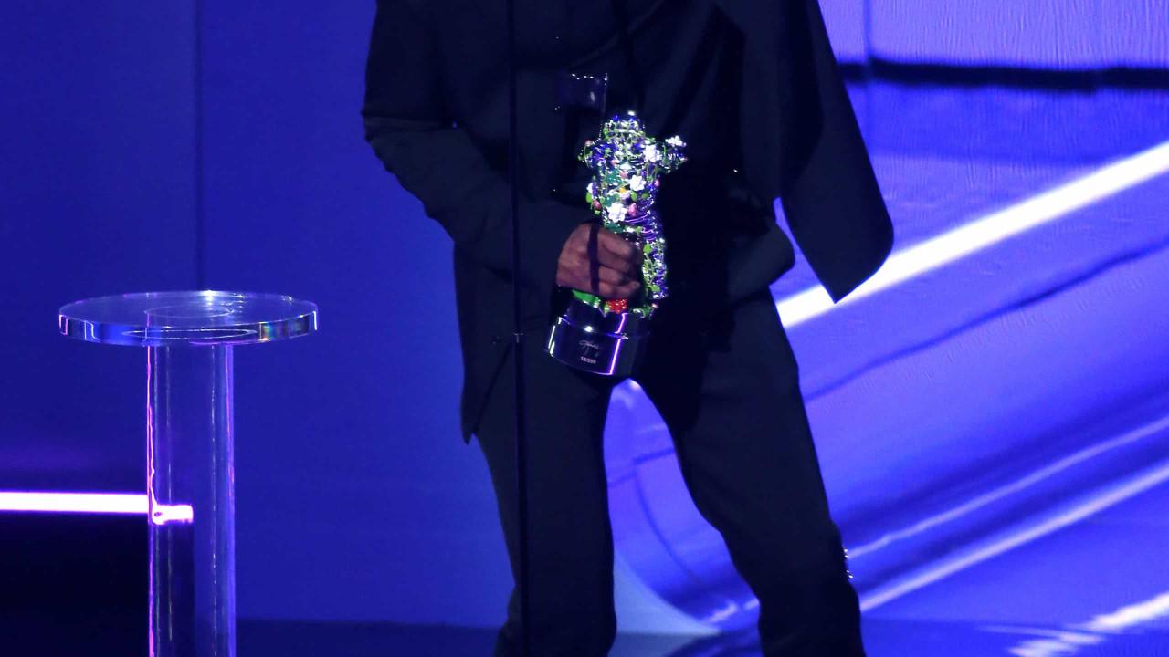 Travis Scott não menciona Kylie Jenner em discurso após vencer prémio