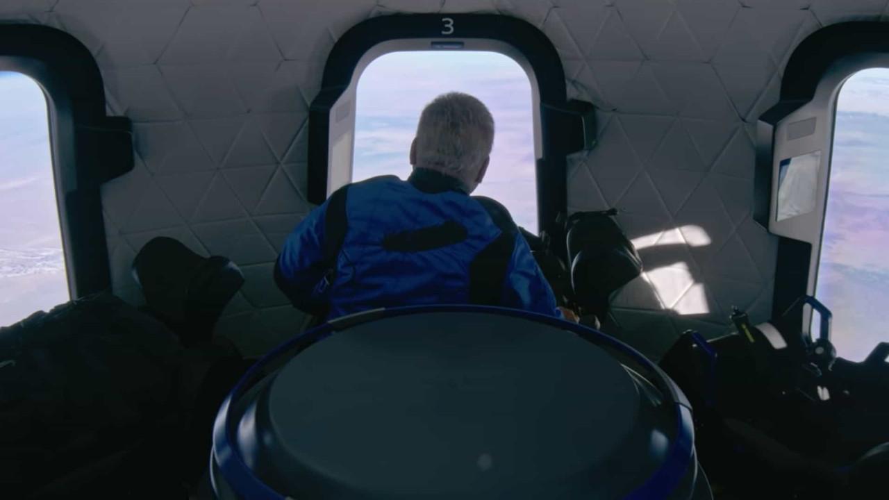 Blue Origin. Vídeo mostra interior da cápsula na chegada ao Espaço