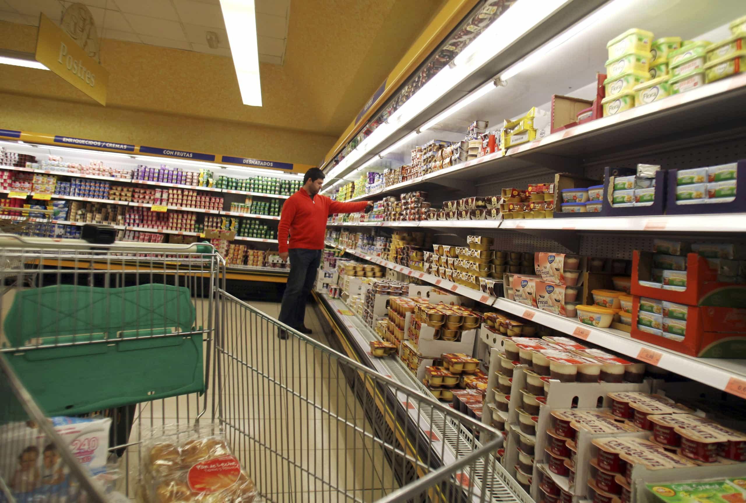Saqueado supermercado de portugueses em Caracas
