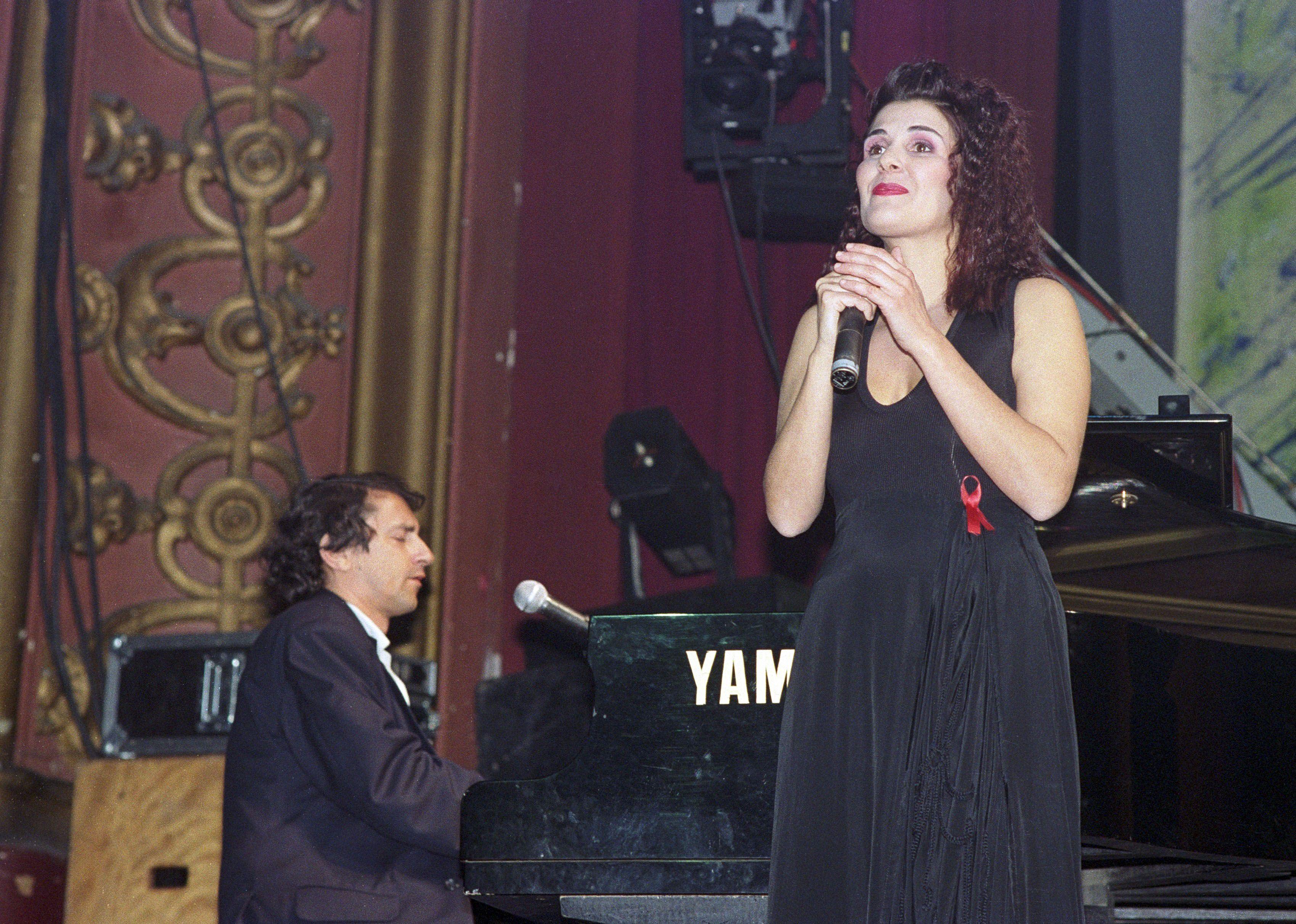 Lena d'Água regressa aos discos 30 anos depois com 'Desalmadamente'