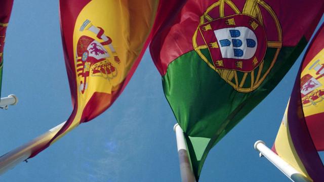 Portugal e Espanha próximos no risco de pobreza, distantes no desemprego