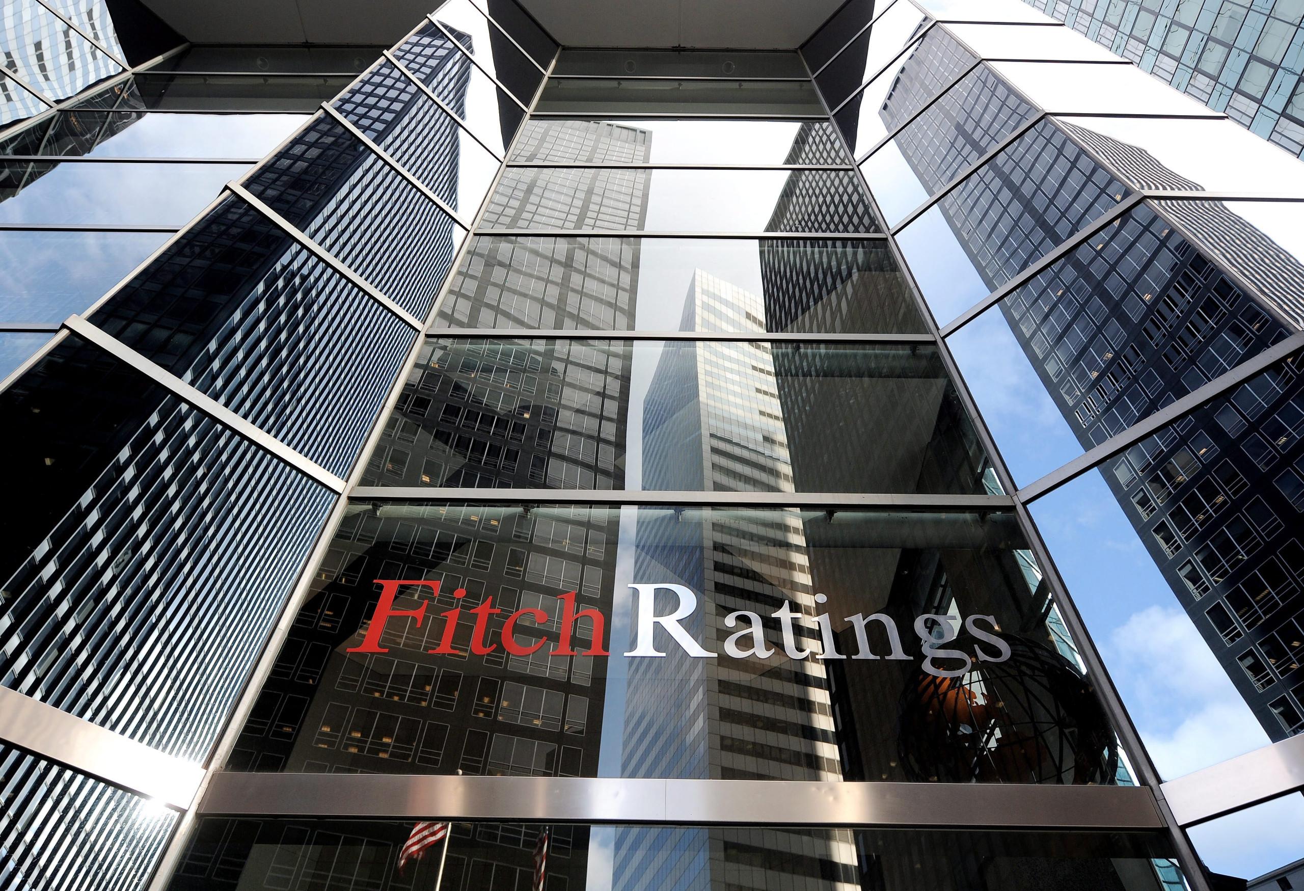 Rácio de crédito malparado na banca desceu de 15% para 11%, diz Fitch