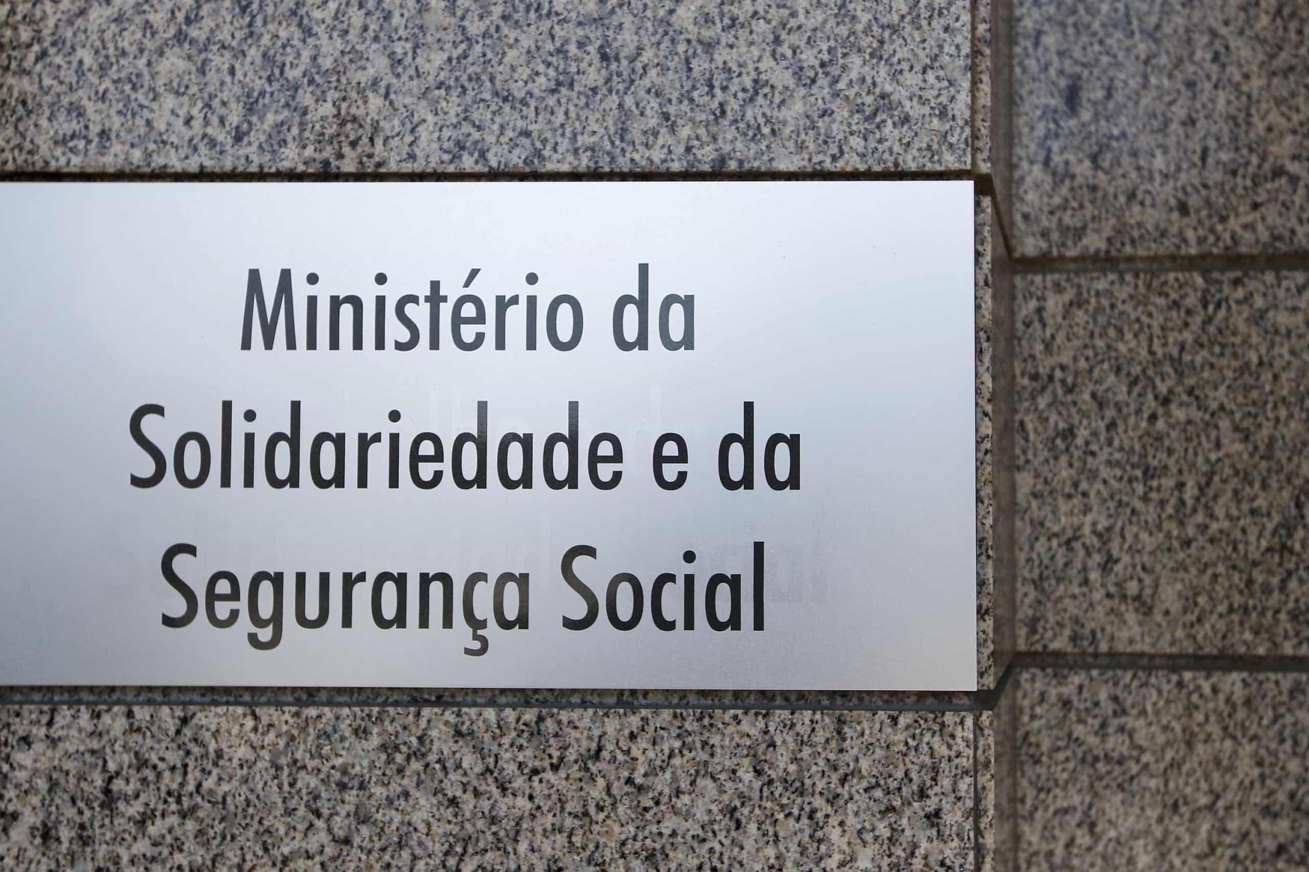 Acesso à reforma antecipada vai manter-se com dupla penalização em 2019