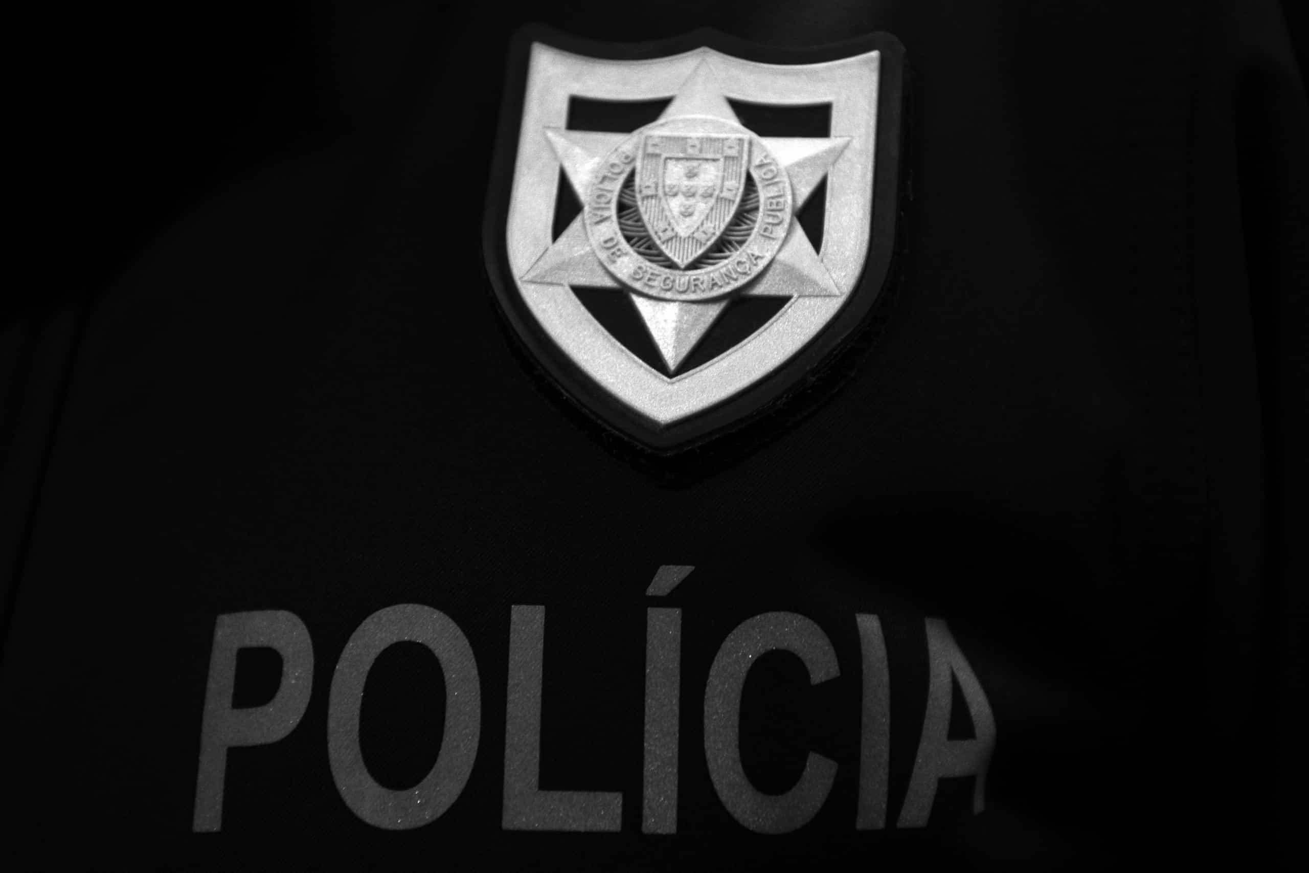 Quatro detidos e apreendidas mais de 300 doses de heroina e cocaína