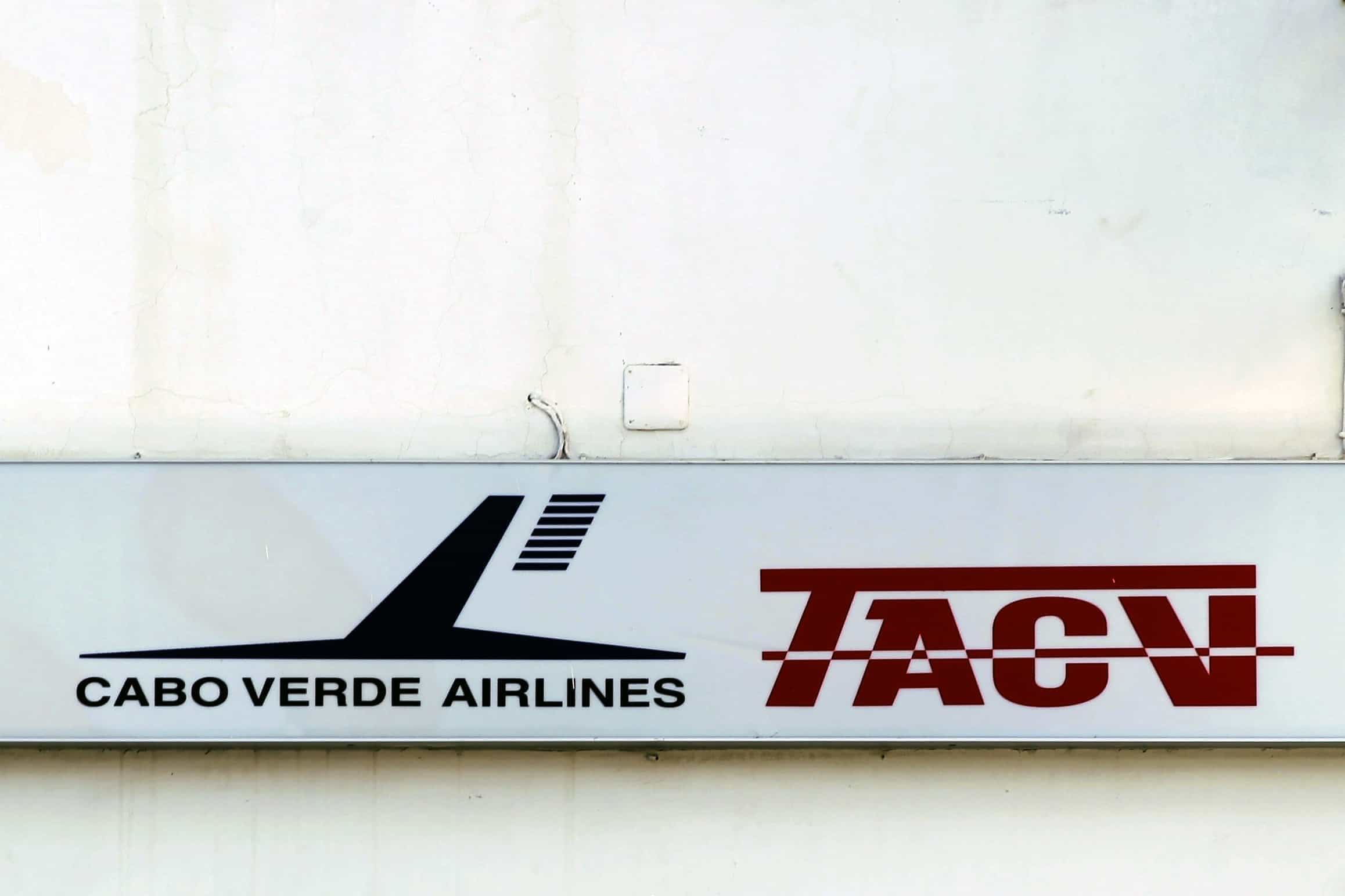 Estado de Cabo Verde vendeu 51% da companhia aérea nacional TACV