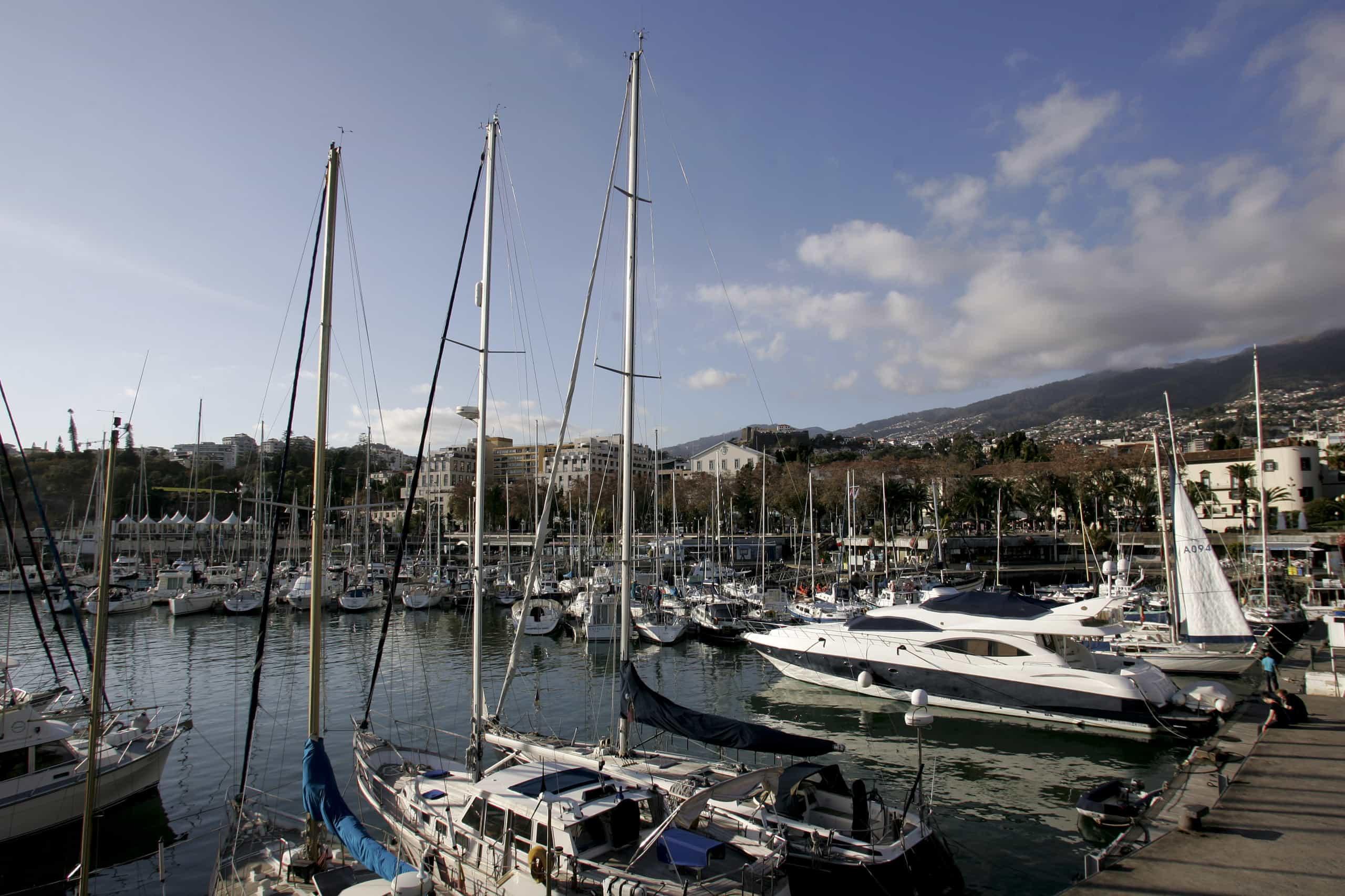 Capitania do Porto do Funchal prolonga aviso de vento forte