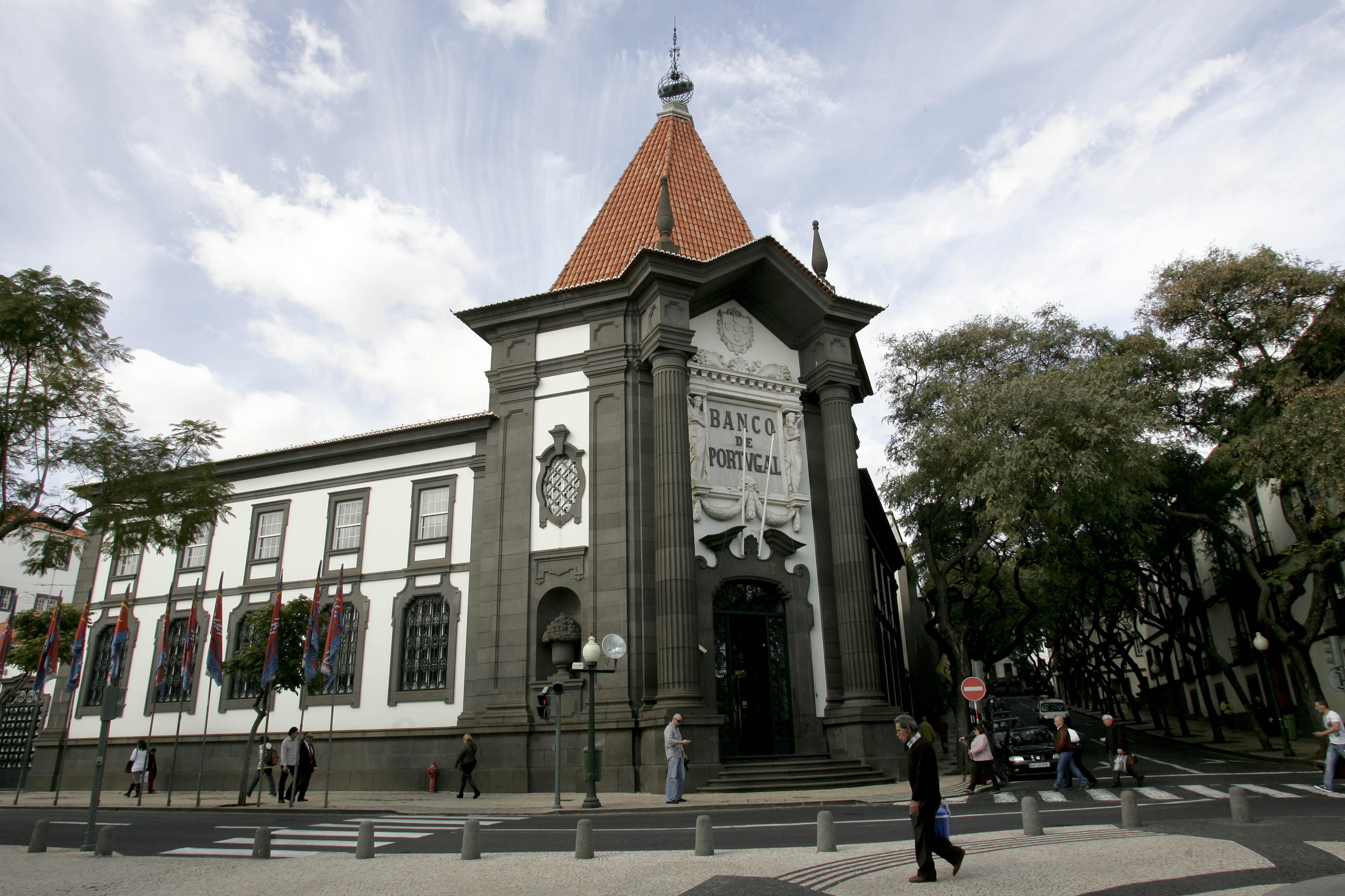 Mala suspeita junto ao Banco de Portugal no Funchal era falso alarme