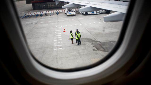 Pista do Aeroporto de Lisboa reaberta às 13h11
