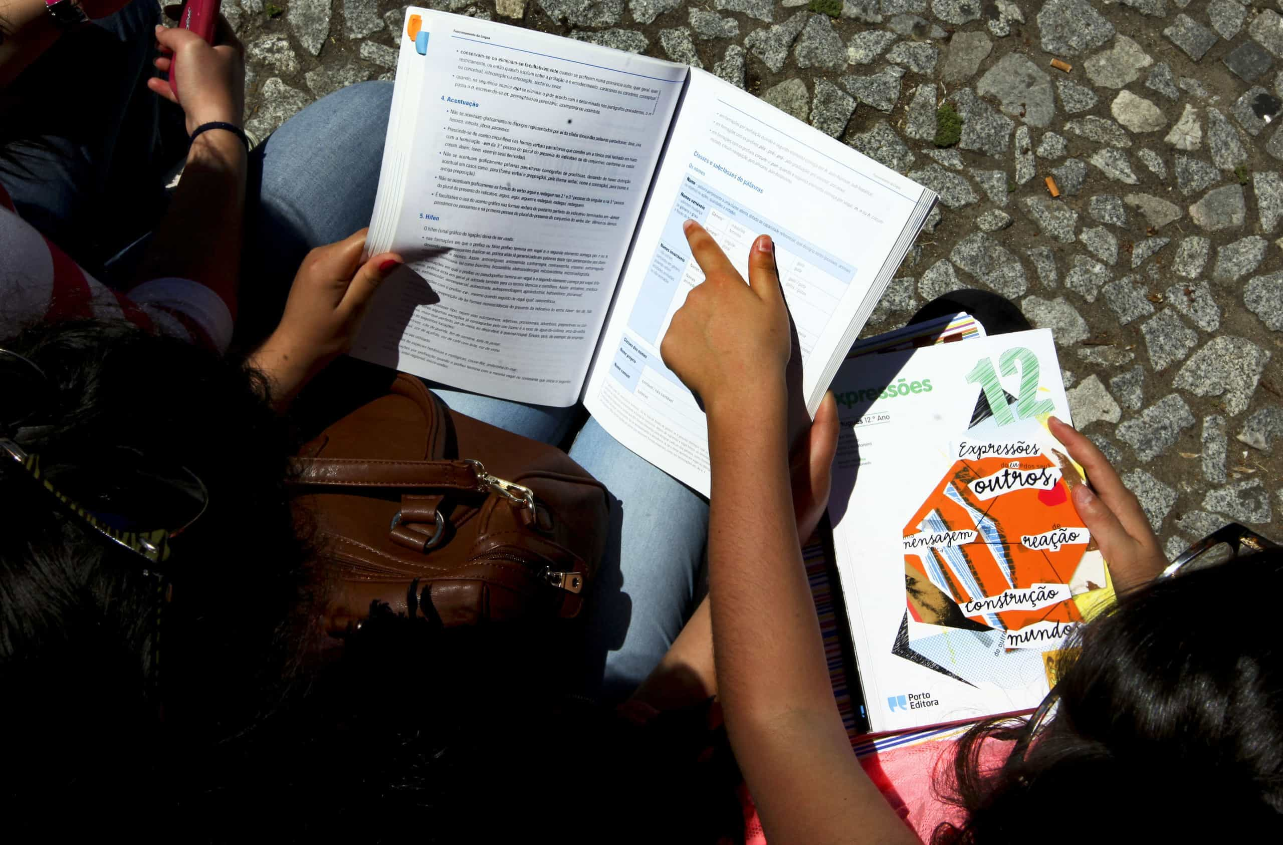 Em Matosinhos, meninos ciganos trocam ruas de bairro pela escola