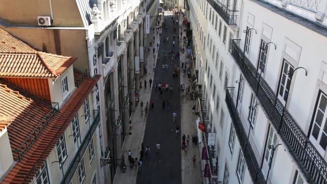 Proprietários e inquilinos discordam de novas regras do alojamento local