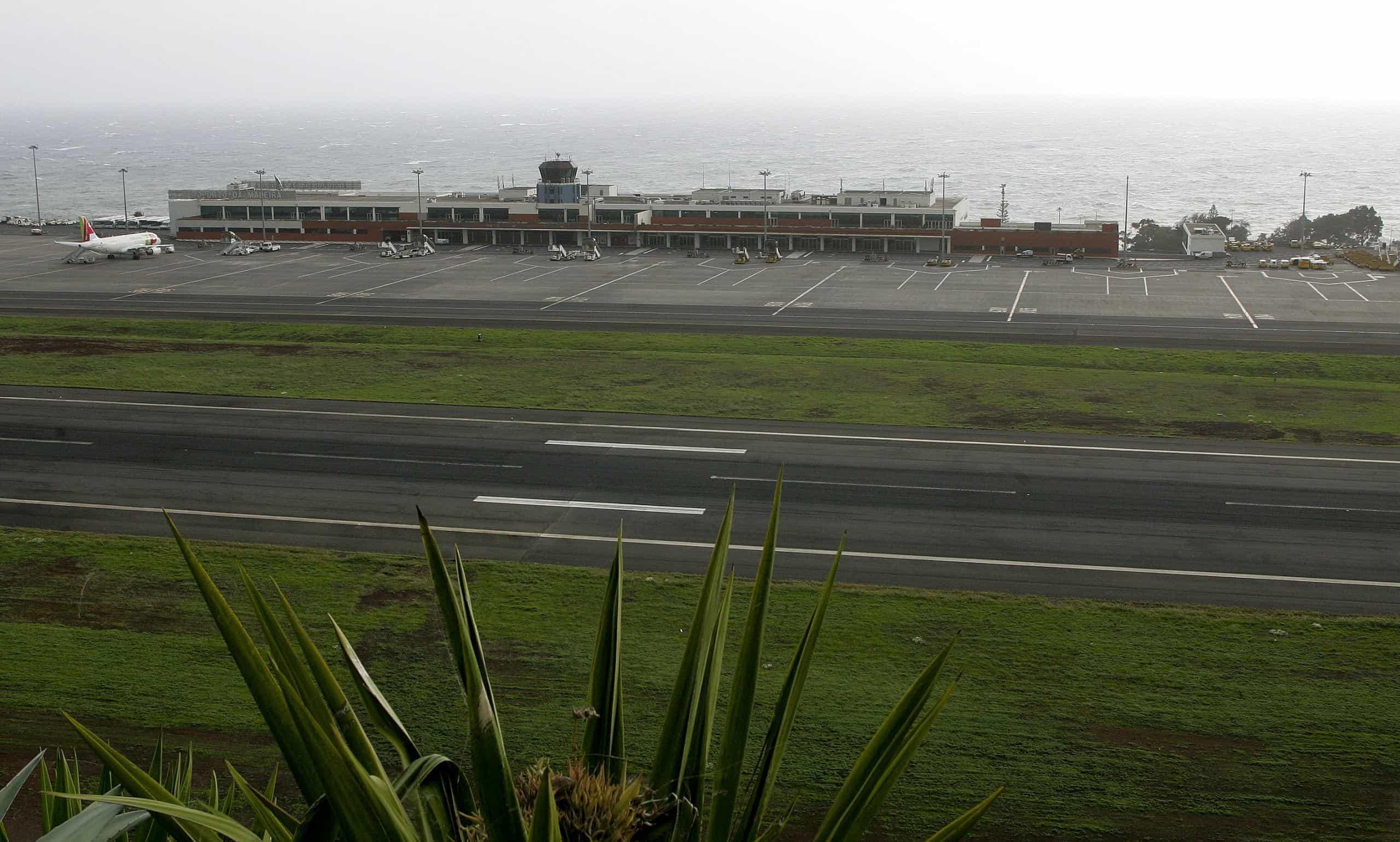 Seis aviões divergiram da Madeira devido às más condições atmosféricas