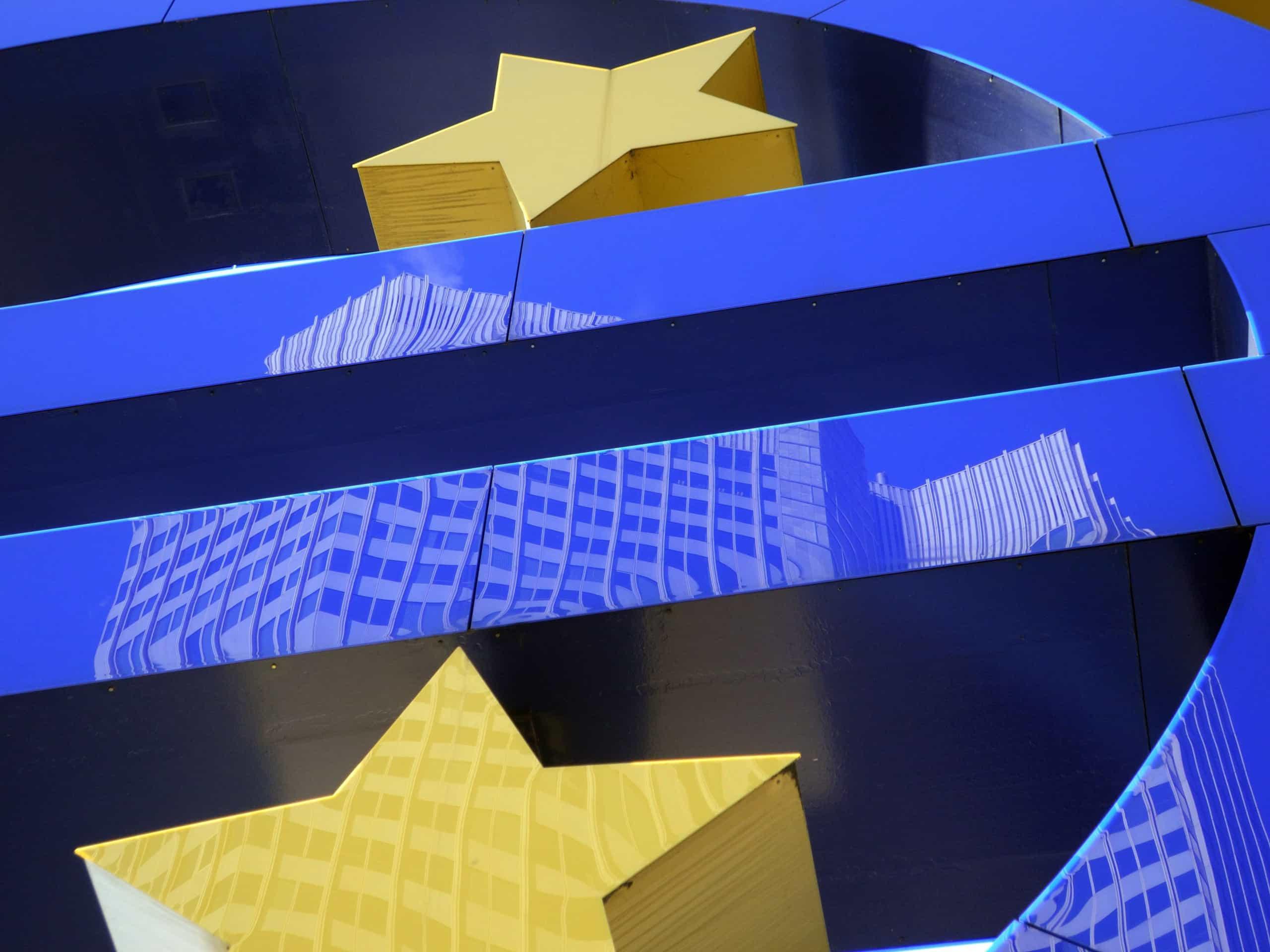 BCE mantém juros em mínimos históricos