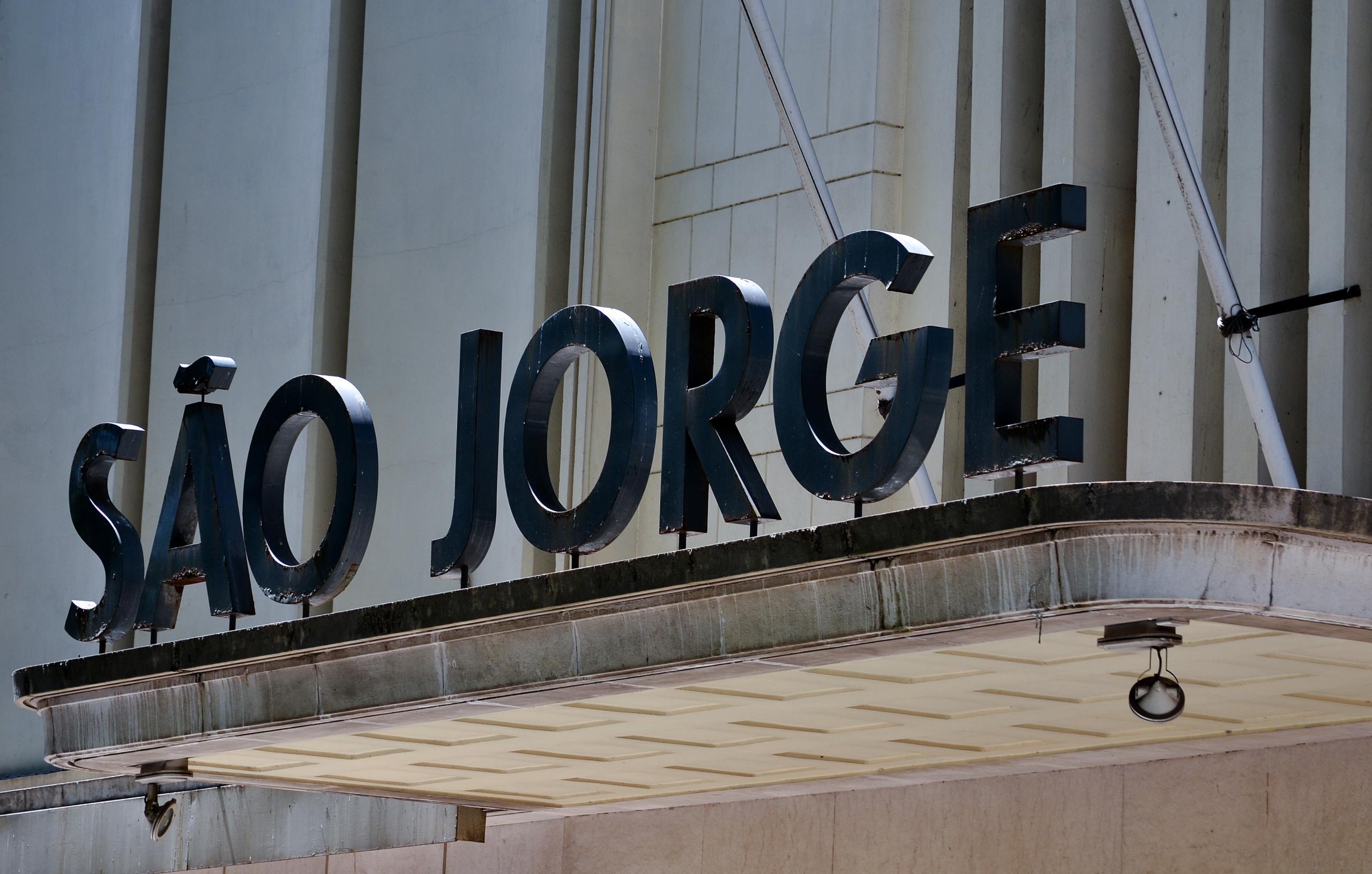Queer Lisboa arranca hoje no S. Jorge com 'Diamantino'
