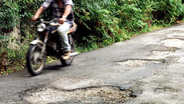 Marcha lenta hoje no Alentejo contra degradação de estradas
