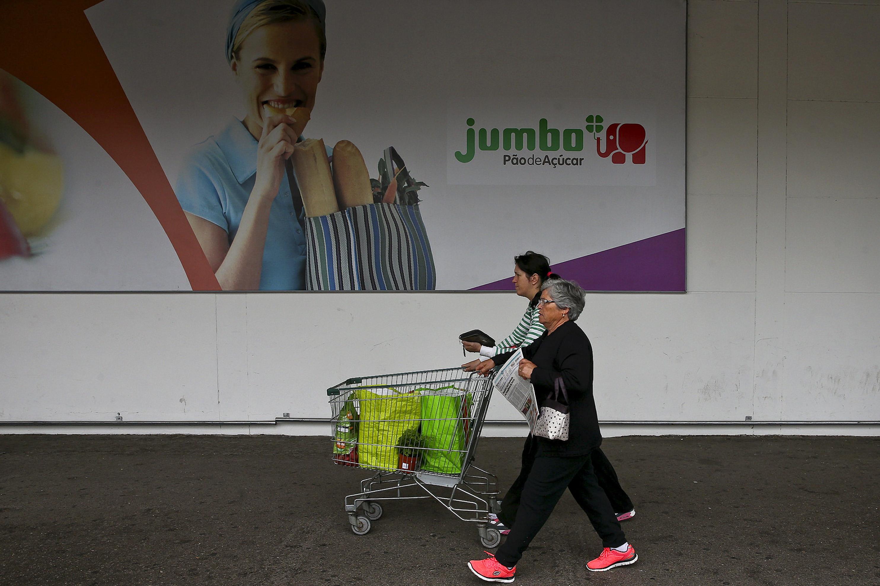 """Auchan diz que as suas práticas """"não configuram"""" acusação da Concorrência"""