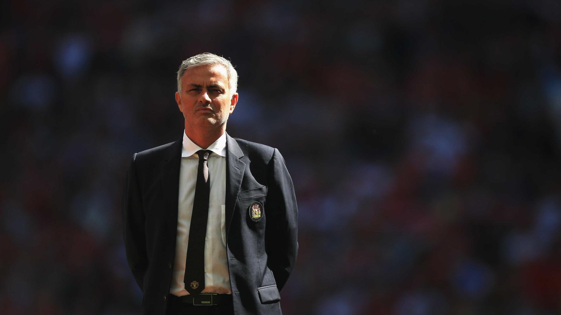 Enquanto treinador do Real Madrid, Mourinho terá contactado