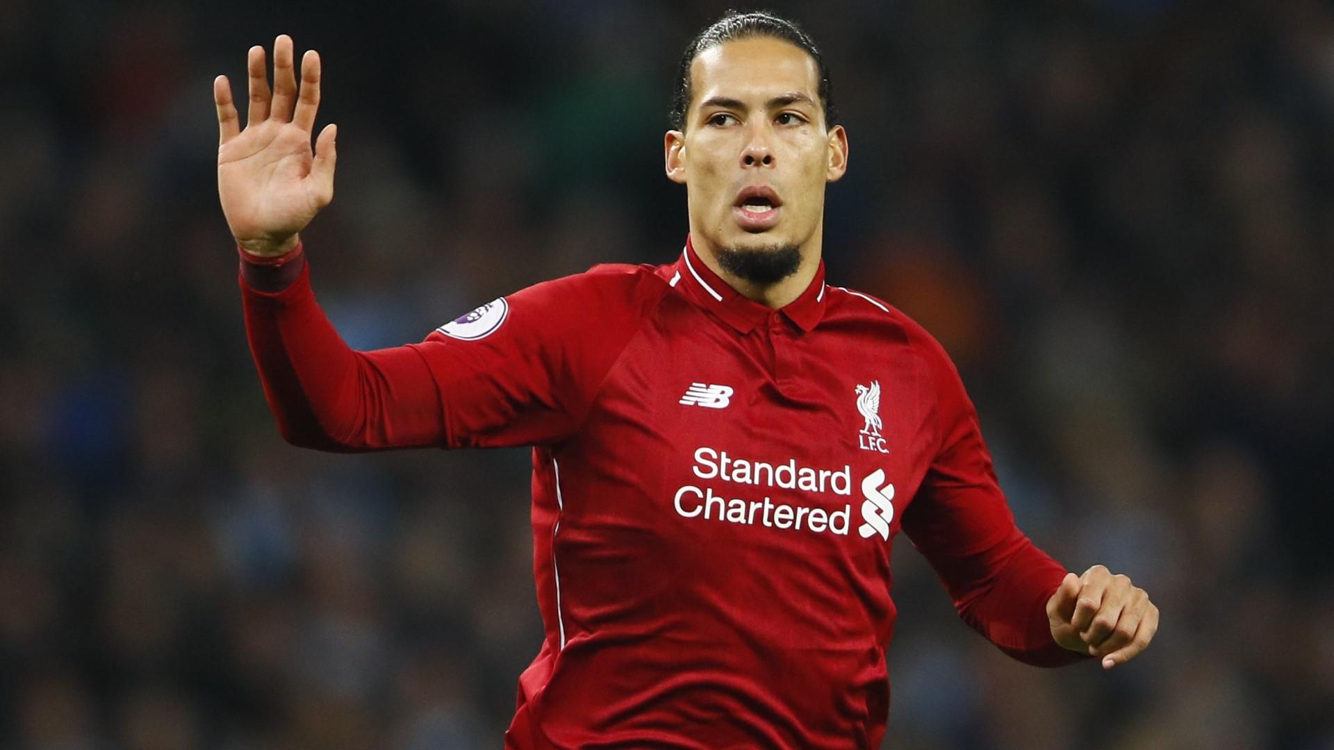 5e3341e5e6 Liverpool oferece mais de 200 mil euros por semana ao internacional  holandês.