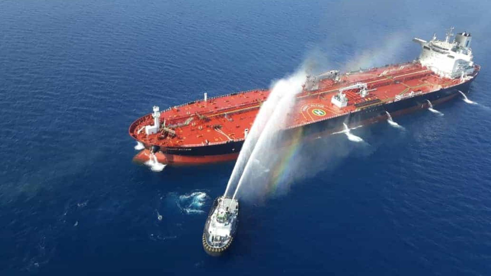 Resultado de imagem para ataque dos petroleiros