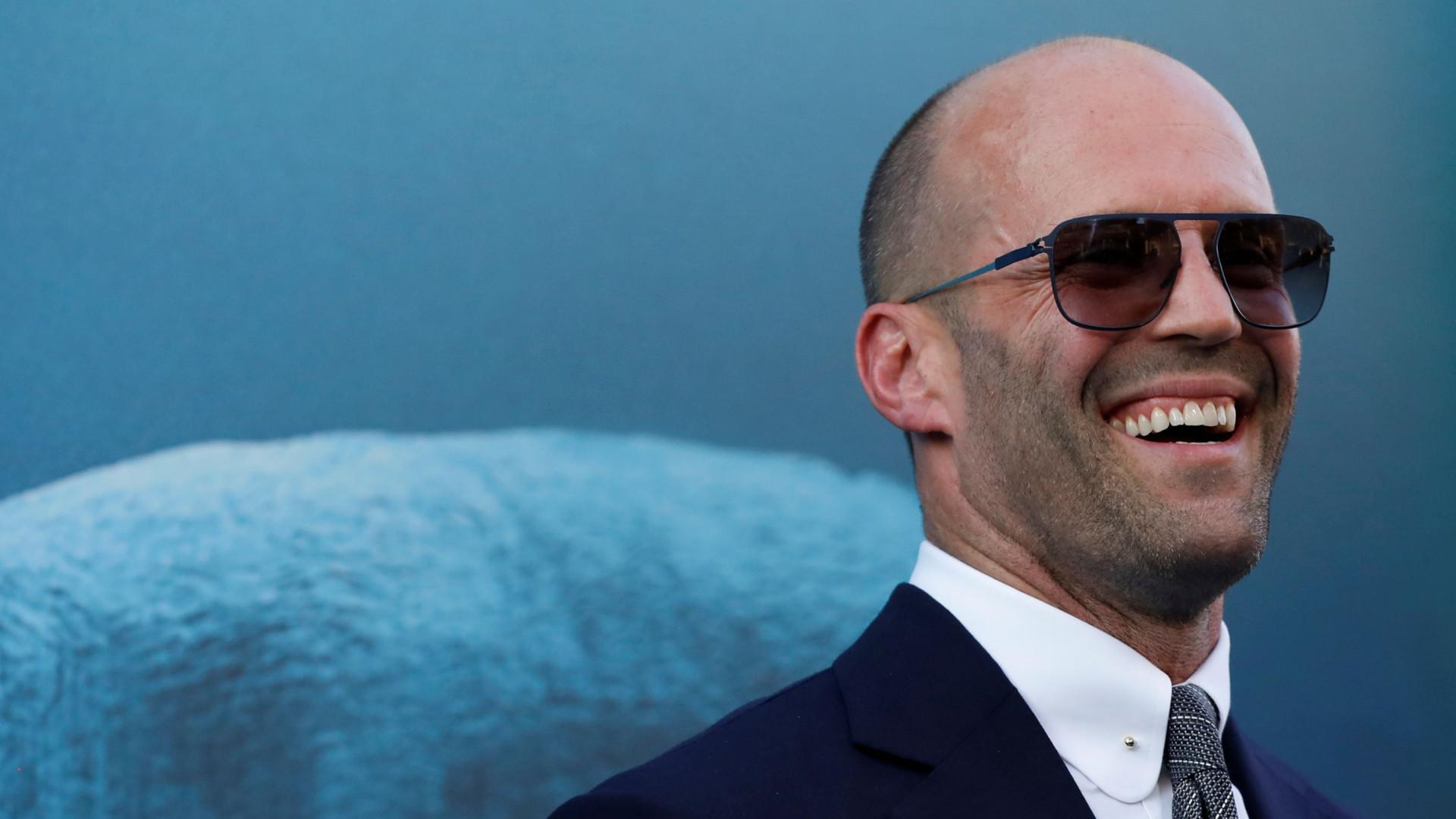 Pai amoroso: Jason Statham 'apanhado' com o filho