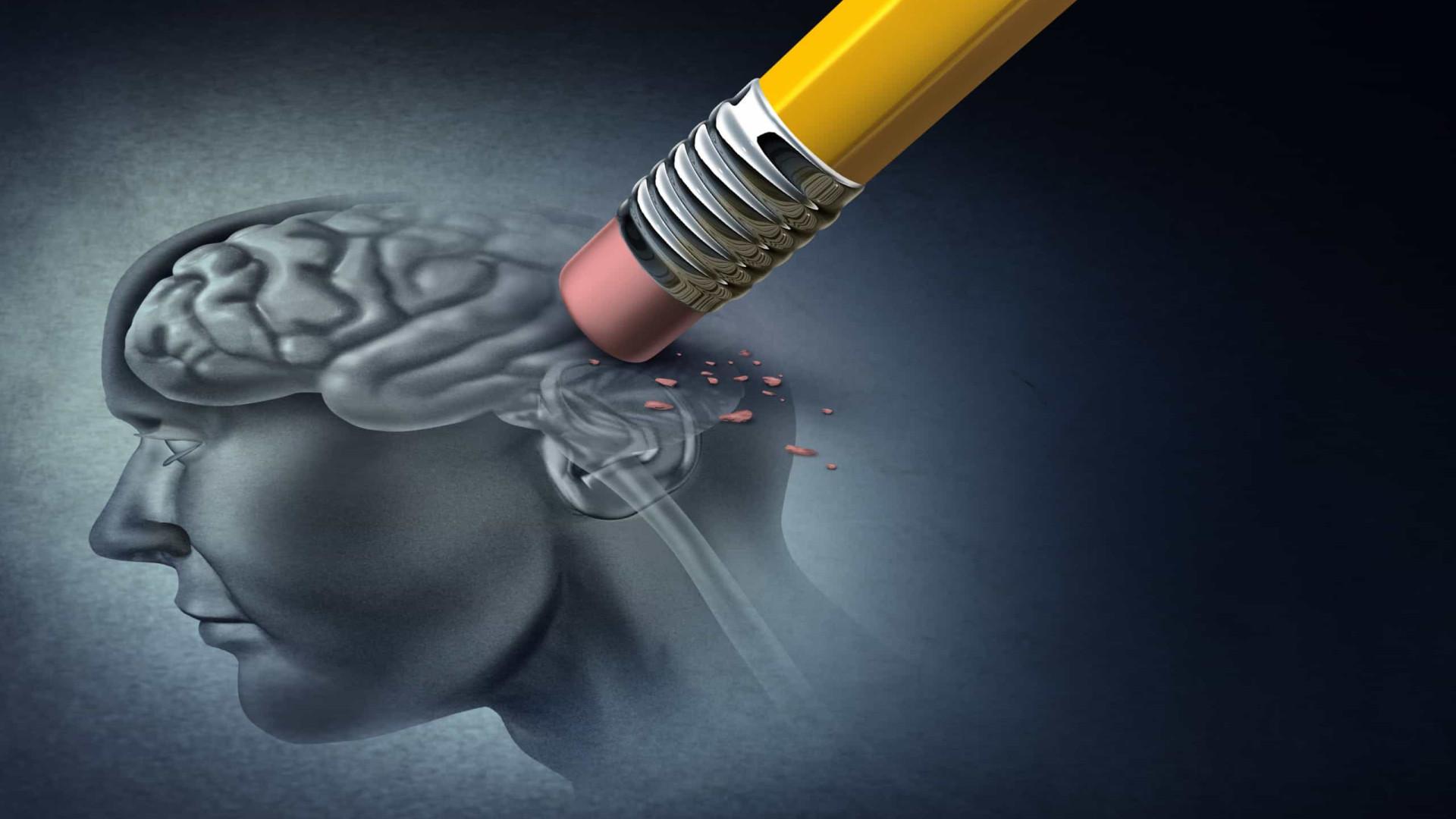 Oito sintomas de Demência e Alzheimer que tem de ter em atenção
