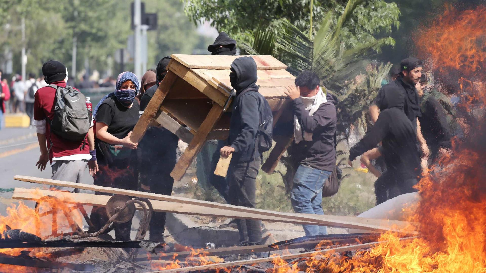 Novos confrontos no Chile na maior revolta social das últimas décadas