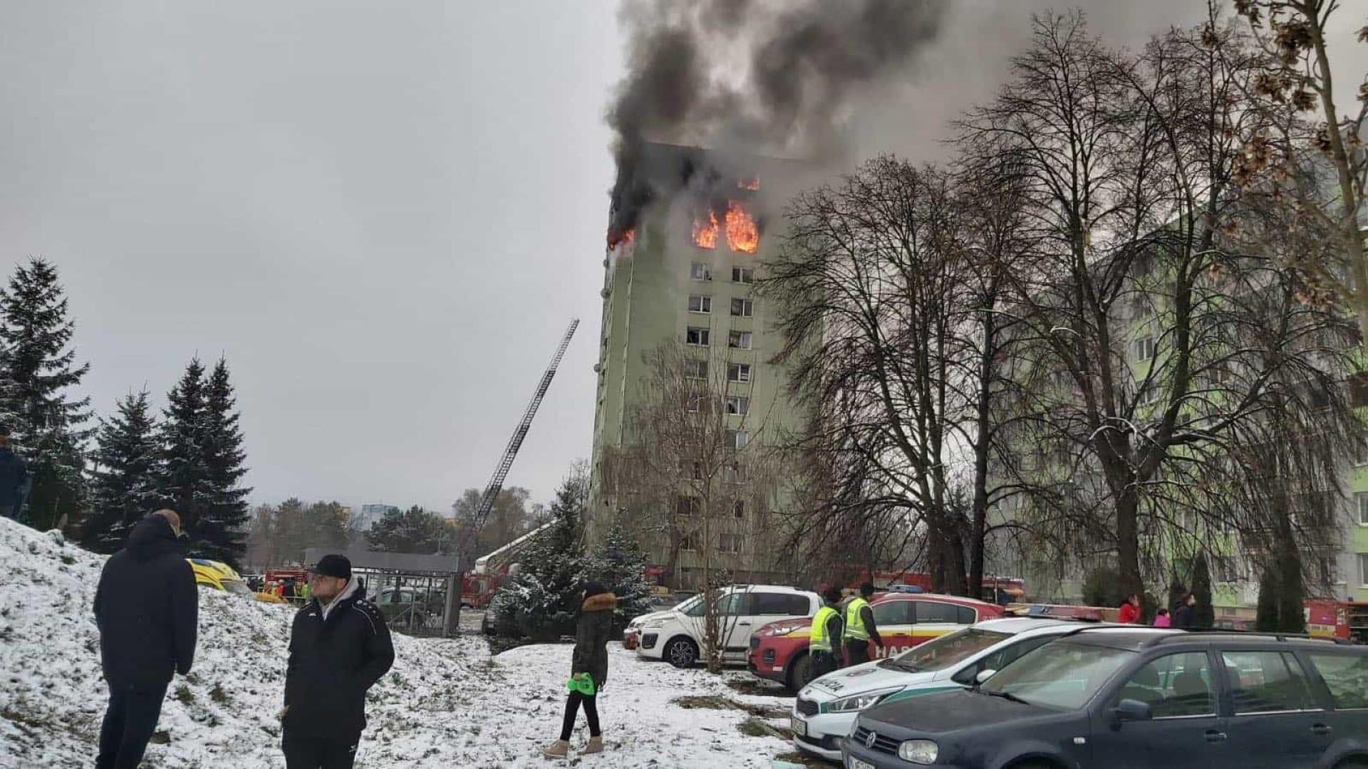 Explosão de gás em prédio na Eslováquia faz cinco mortos