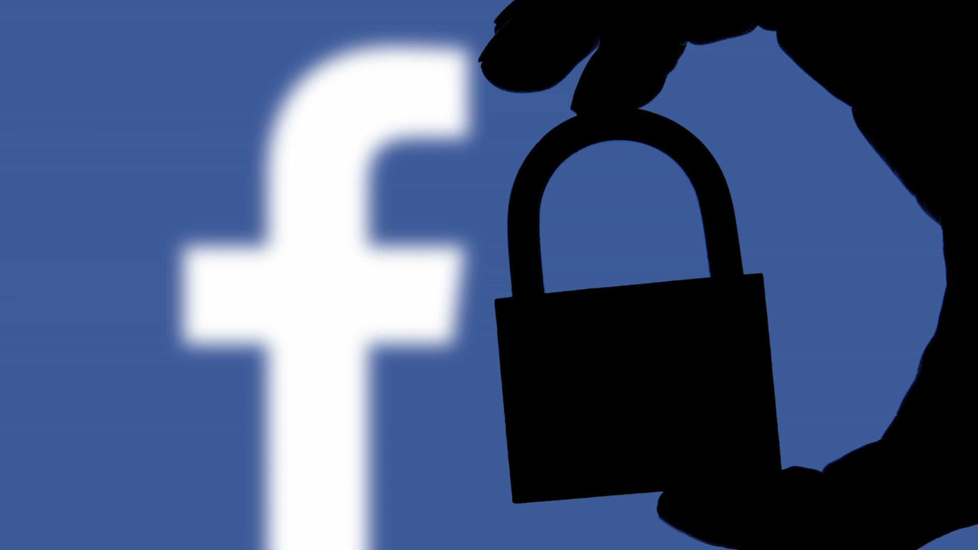Como o Facebook o espia e o que fazer quanto a isso