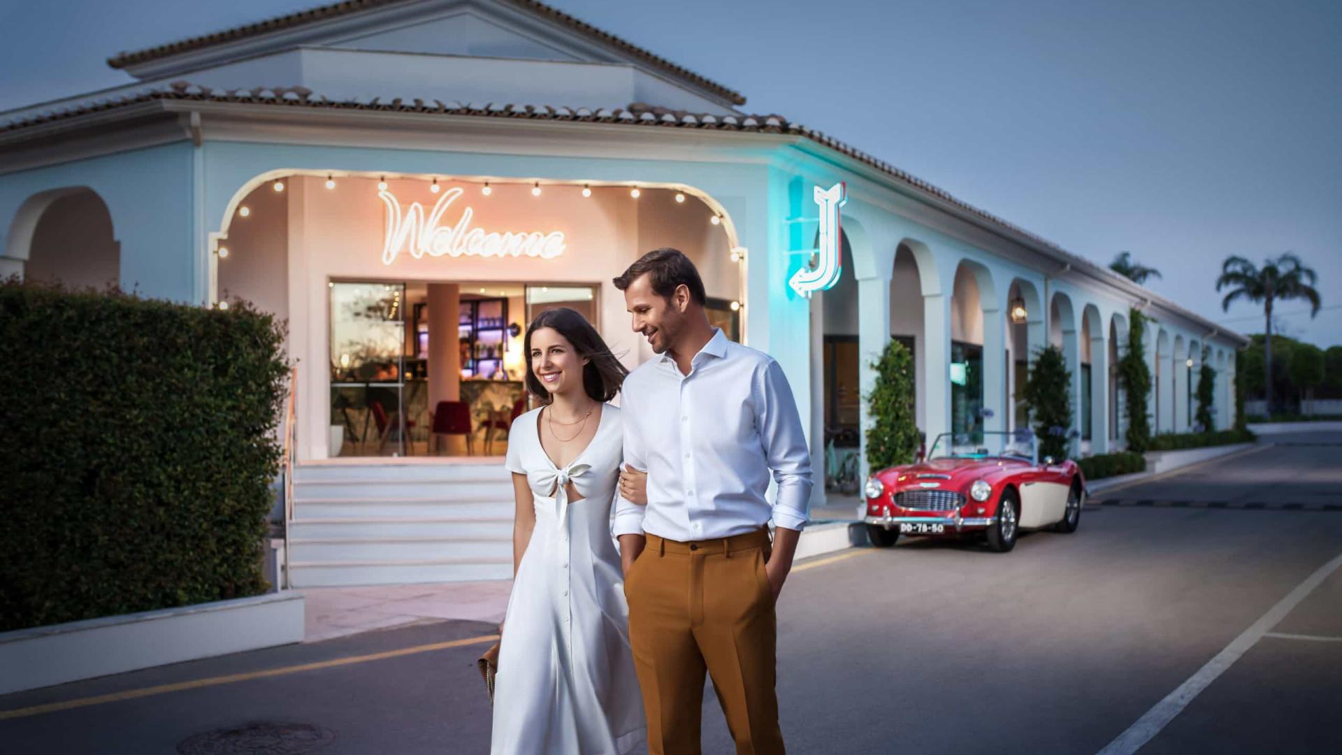 Aposte num jantar a dois e fique no hotel mais instagramável do Algarve